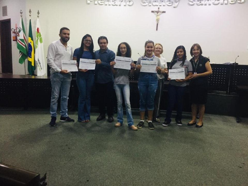 Escola Municipal lrene Linda Ziole Crivelli Premiada em 3 categorias na FECENOVA - MS 2019