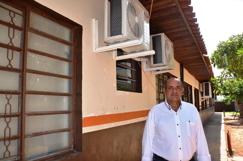 Prefeito Roberto Nem prorroga a suspensão das aulas na Rede Municipal de Ensino até 03 de Maio em Taquarussu