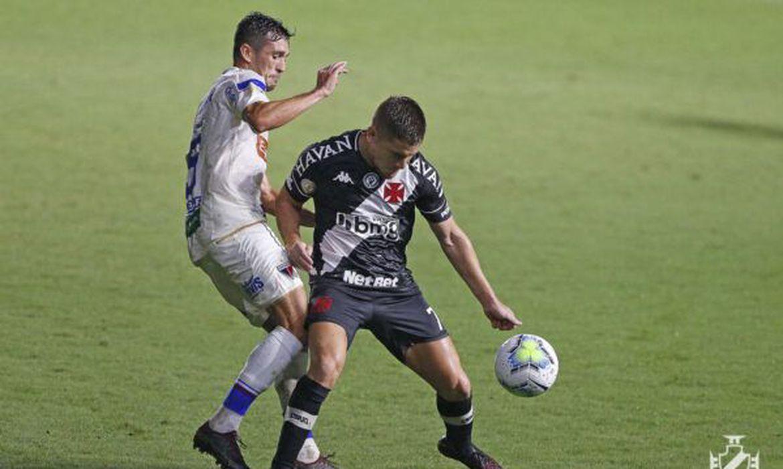 Brasileiro: mesmo com 0 a 0, Vasco deixa a zona do rebaixamento