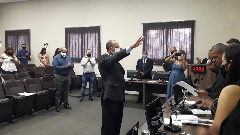 Clóvis José do Nascimento é empossado prefeito de Taquarussu