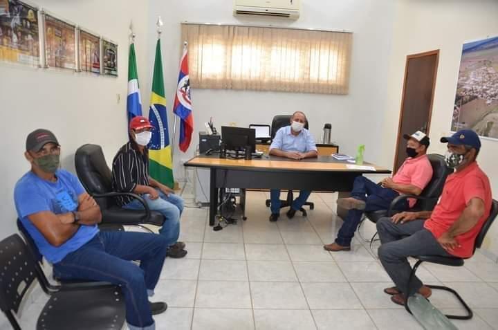 Prefeito assina projeto de lei que autoriza pagamento de energia de poços no PA Bela Manha em Taquarussu